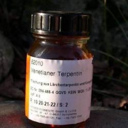 Терпентина, венецианский скипидар, смесь канифоли и скипидара модринового